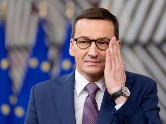 Większość Polaków niezadowolona z pracy prezydenta i premiera