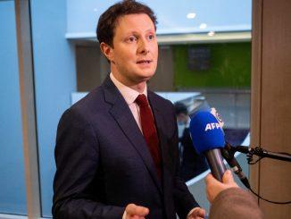 Francuski minister wzywa UE