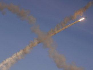 Izrael atakuje cele wojskowe w pobliżu Damaszku