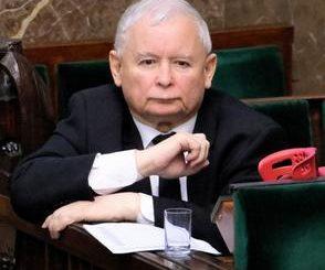 Kaczyński znalazł się w tarapatach