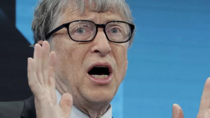 Bill Gates straci majątek