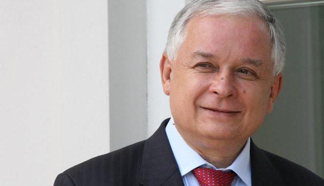 atak na pomnik Lecha Kaczyńskiego