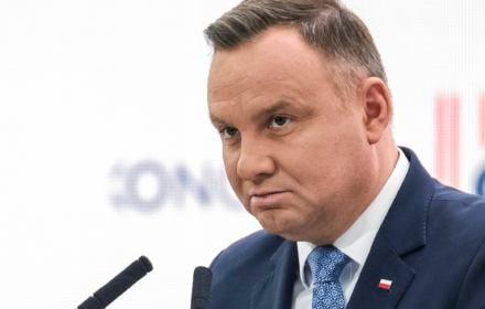 Andrzej Duda jest durniem