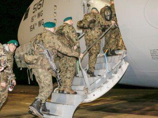 """Żołnierze z misji są """"dwa razy cenniejsi niż ci, którzy nie usłyszeli lecącego pocisku nad głową"""""""
