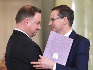 Andrzej Duda i Mateusz Morawiecki ze złymi ocenami od Polaków. Kiepsko wypada także rząd