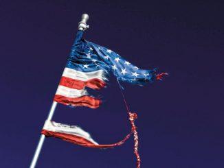 Bez precedensu: stracić wolność przez obiecaną niepodległość