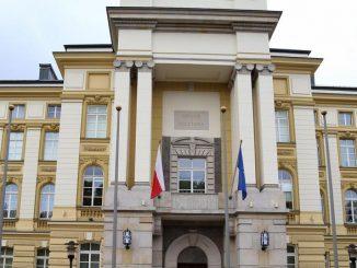 Będzie afera na całą Polskę? Trzy redakcje ujawniają. Zarzucono nepotyzm w Spółkach Skarbu Pańs