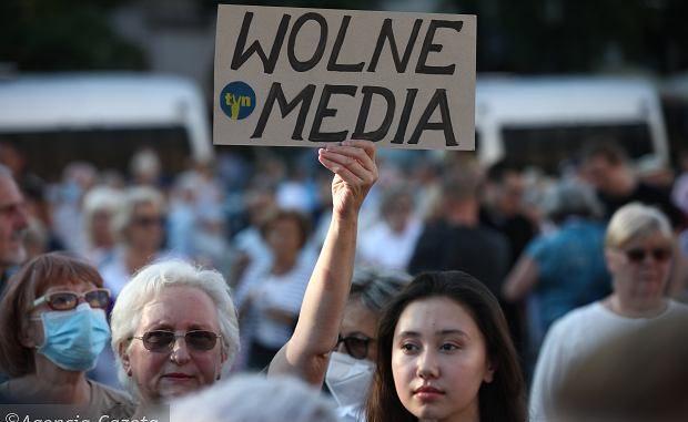 Praworządność i wolność mediów w Polsce. Parlament Europejski przyjął rezolucję