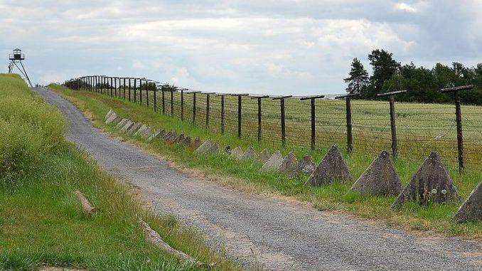 budowa bariery na granicy